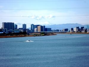 大師橋から富士山を望む