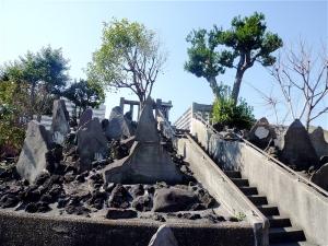 逆井の富士塚(浅間神社)