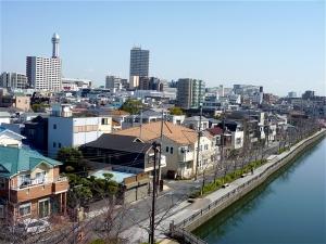 新川と船堀タワー